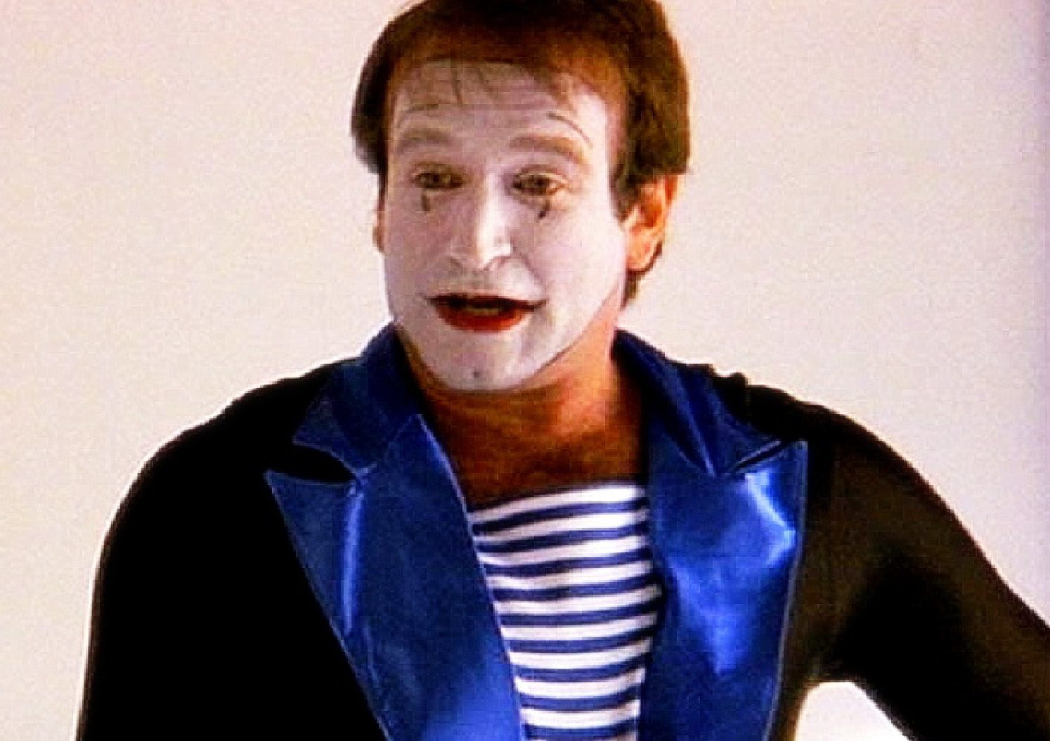 Robin Williams's cameo in Shakes the Clown by Runway-Magazine