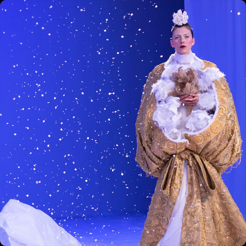 Guo Pei Haute Couture Весна-Лето 2020 Неделя моды в Париже. Специальный репортаж автора RUNWAY ЖУРНАЛ