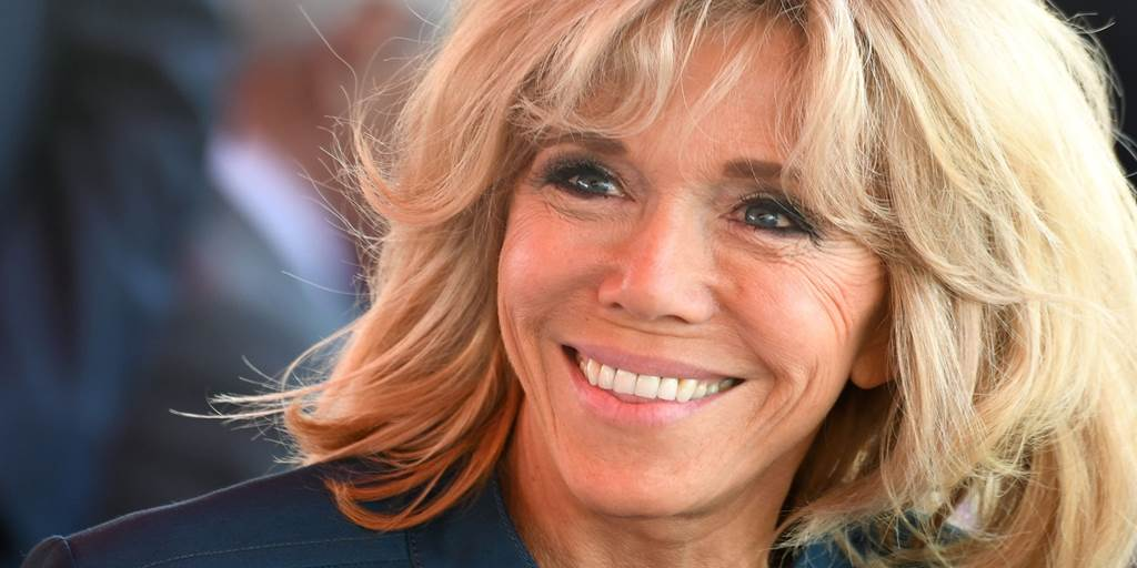 Brigitte Macron donation to the hospitals face of the coronavirus pandemic