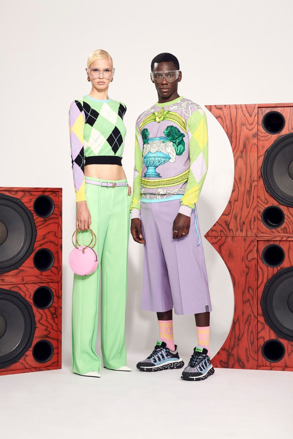 Versace Spring Summer 2021 Resort by RUNWAY MAGAZINE-FOCUS ON THE FLASH COLLECTION