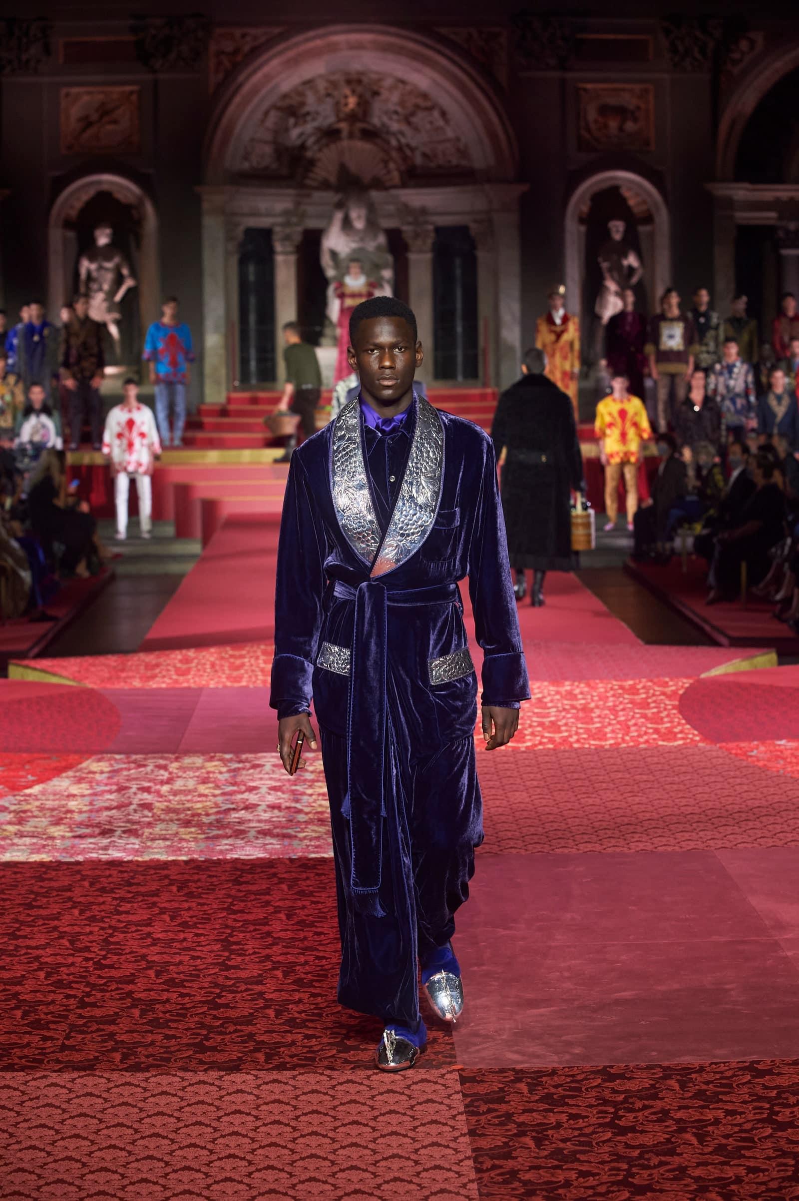 Dolce Gabbana Alta Sartoria Firenze 2020 by RUNWAY MAGAZINE