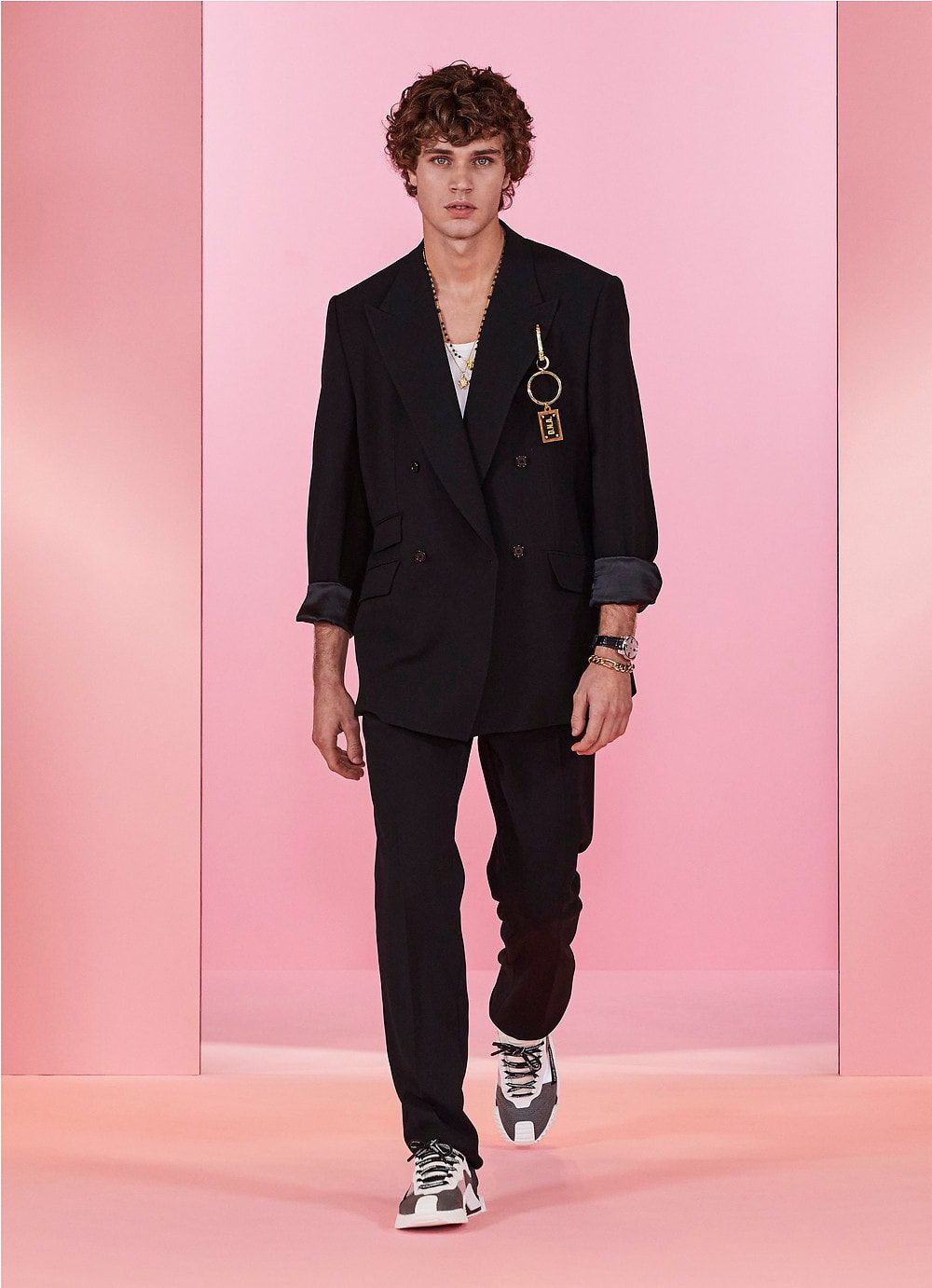 Dolce Gabbana Men Fall-Winter 2021-2022 by RUNWAY MAGAZINE