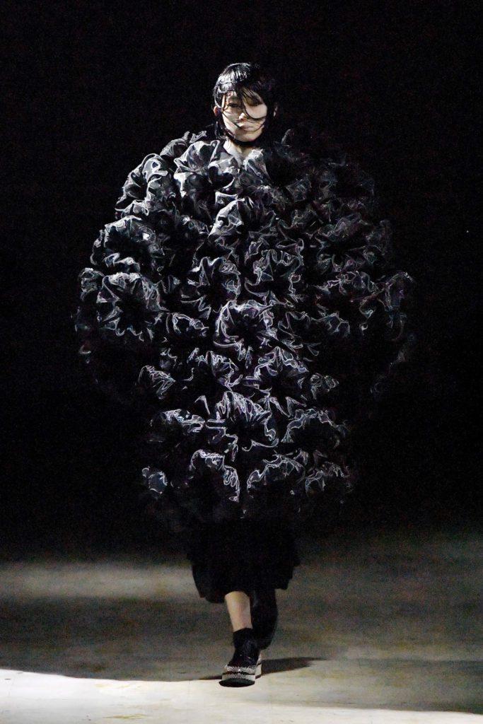 Noir Kei Ninomiya Fall Winter 2021-2022 by RUNWAY MAGAZINE