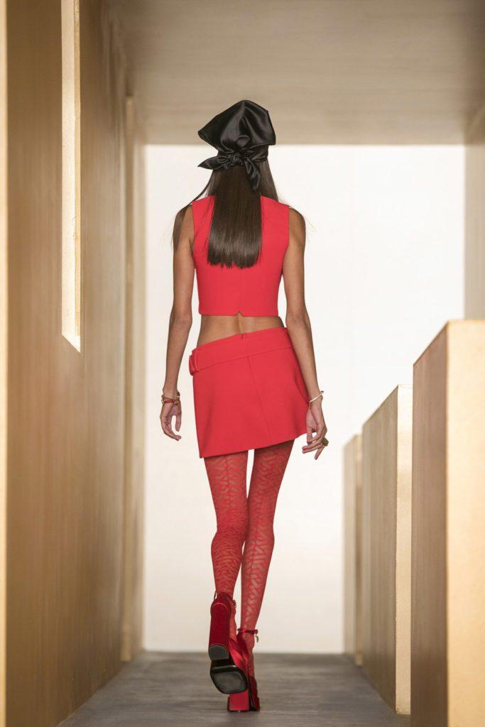 Versace Fall Winter 2021-2022 Paris by RUNWAY MAGAZINE