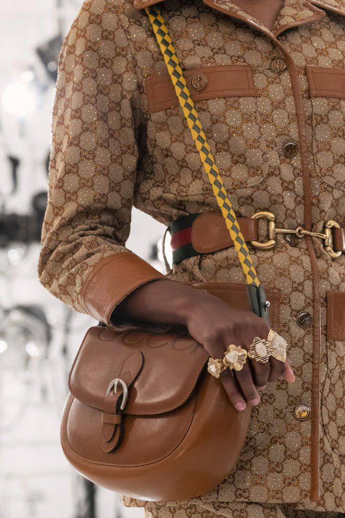 Gucci 100 Jahre Jubiläum - Herbst 2021-2022 von RUNWAY MAGAZINE