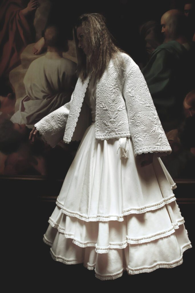 Franck Sorbier Haute Couture Fall Winter 2021-2022 by RUNWAY MAGAZINE