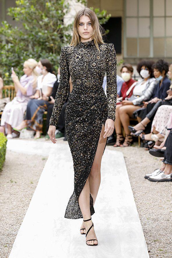 Zuhair Murad Haute Couture Fall Winter 2021-2022 by RUWNAY MAGAZINE