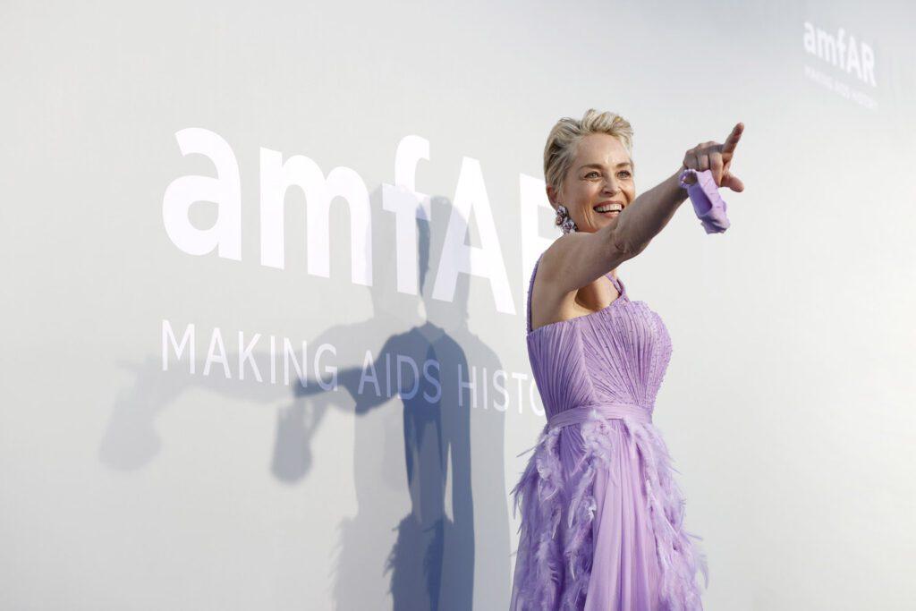 amfAR Cannes Gala 2021 Chegadas por RUNWAY MAGAZINE
