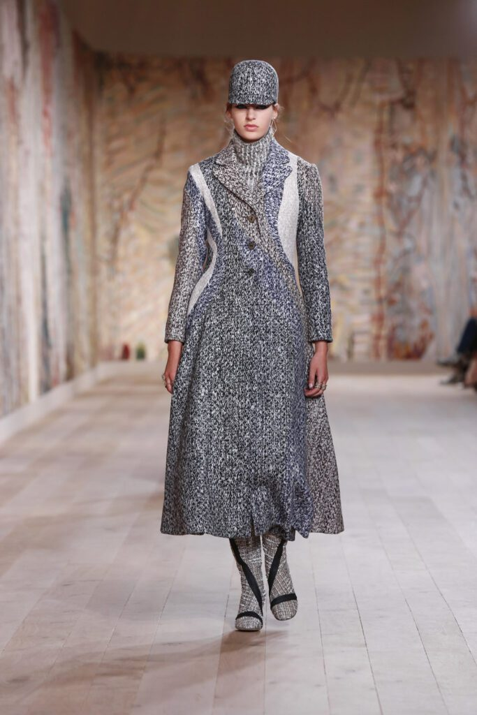 Dior Haute Couture Fall Winter 2021-2022 by RUNWAY MAGAZINE