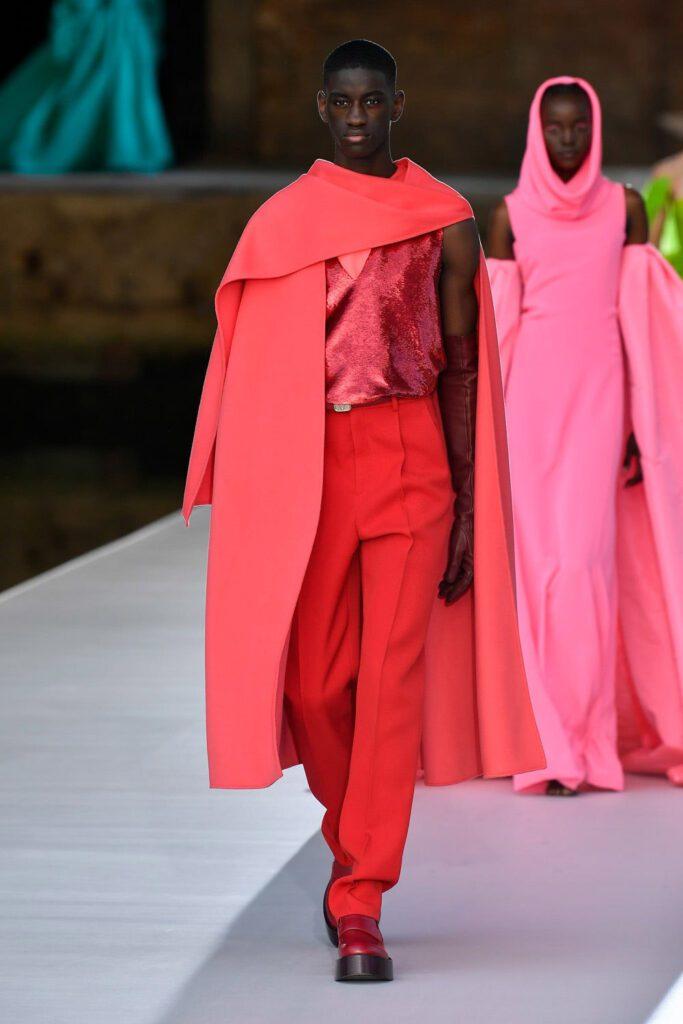 Valentino Couture Autunno Inverno 2021-2022 by RUNWAY MAGAZINE