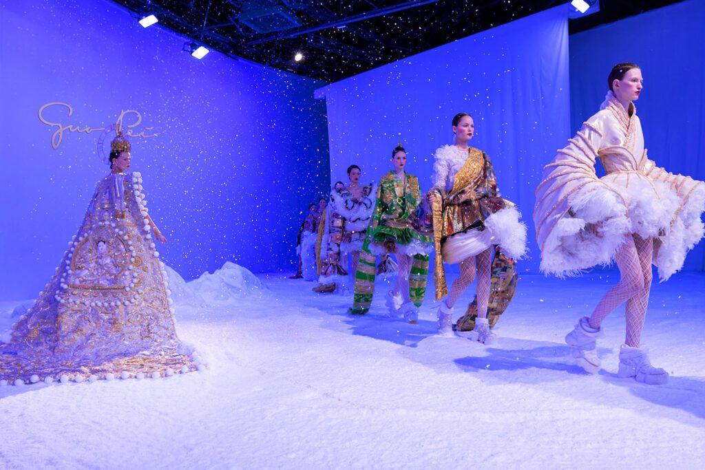 Guo Pei Haute Couture Весна-Лето 2020 от RUNWAY ЖУРНАЛ