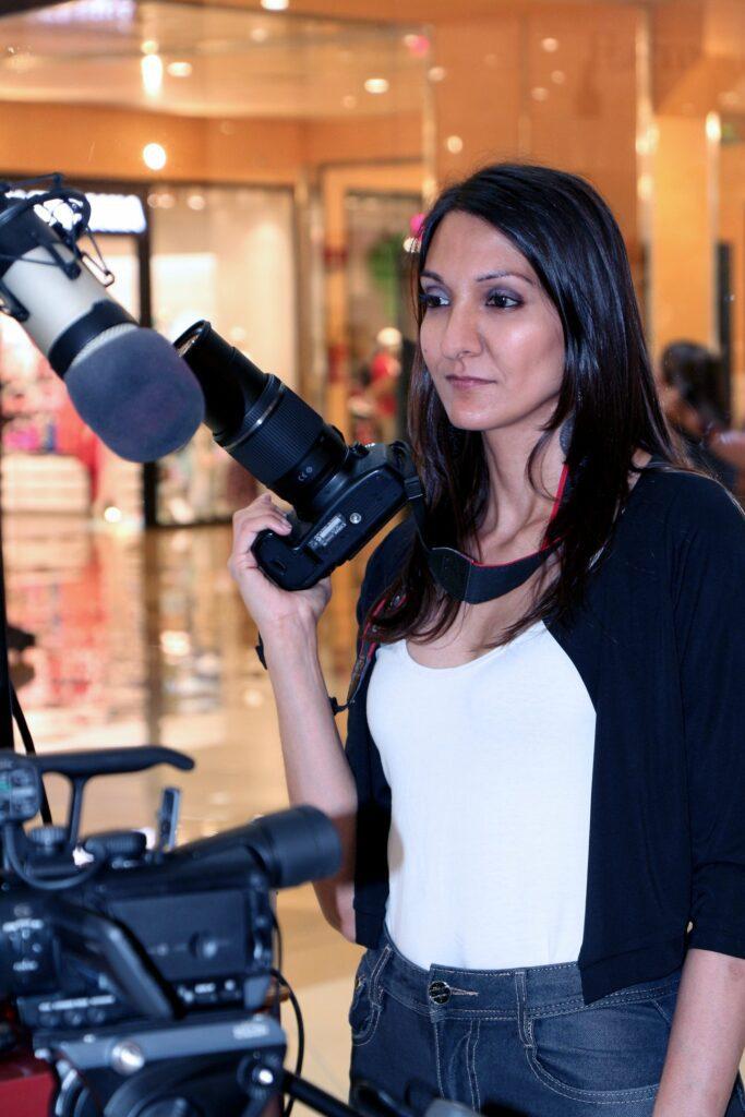 摄影师丹妮拉·蔡米