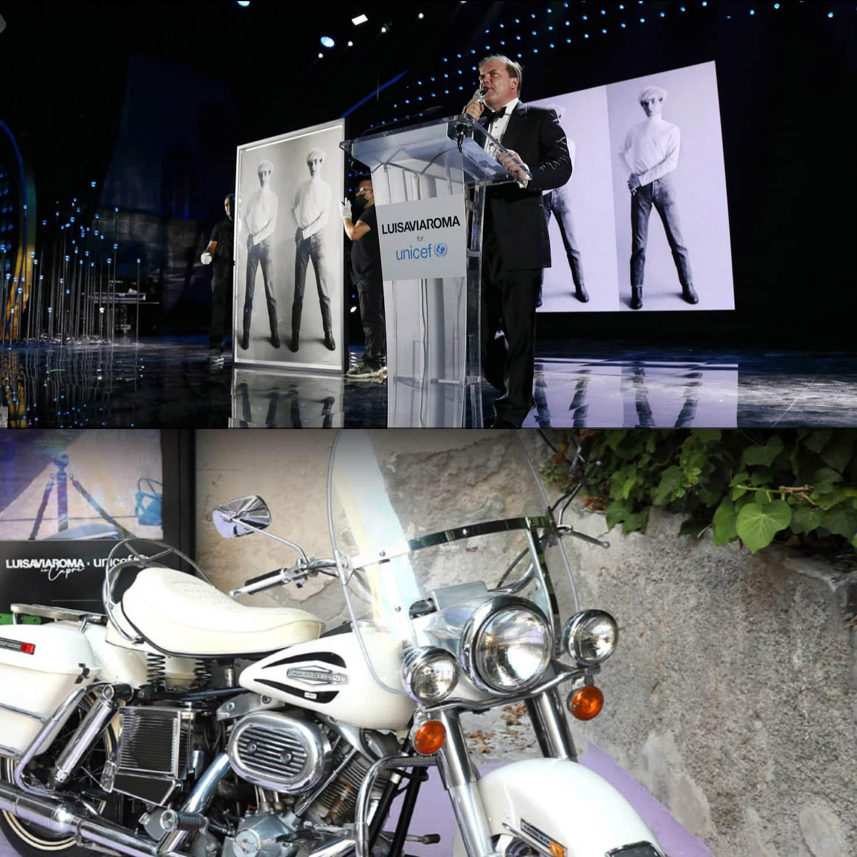 Гарри Рональд Нил Примроуз, лорд Далмени DL, известный как Гарри Далмени, председатель Sothebys в LuisaViaRoma для Unicef, Капри, 31 июля 2021 г. RUNWAY ЖУРНАЛ