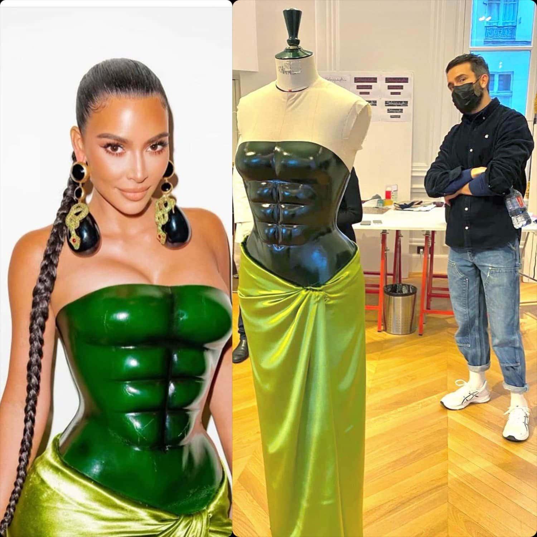 Kim Kardashian in Custom Schiaparelli Couture per la Primavera Estate 2021 di RUNWAY MAGAZINE
