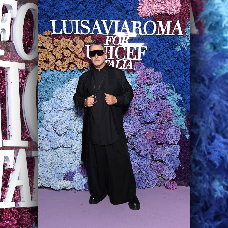 Этьен Руссо, основатель виллы eugénie, производство модных показов и мероприятий в LuisaViaRoma для Unicef, Капри, 31 июля 2021 г. RUNWAY ЖУРНАЛ