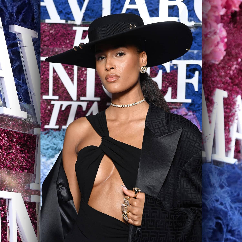 Супермодель Victoria's Secret Синди Бруна в LuisaViaRoma для Unicef, Капри, 31 июля 2021 г. RUNWAY ЖУРНАЛ