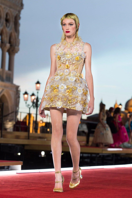 Dolce Gabbana Alta Moda Venezia 2021 - Dolce Gabbana Couture Automne Hiver 2021-2022 par RUNWAY MAGAZINE