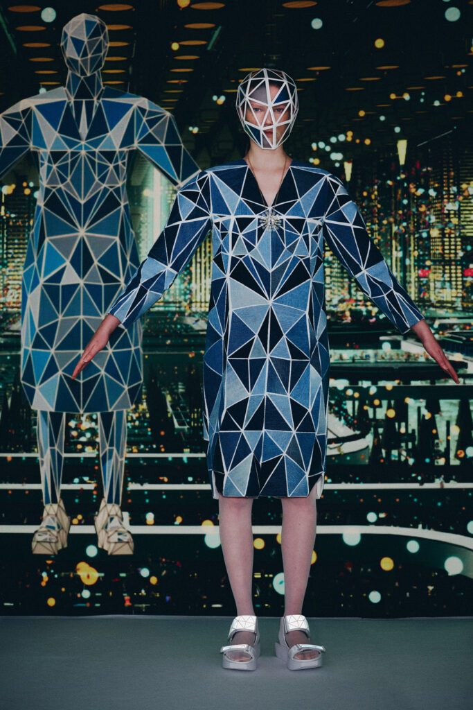 Anrealage Dimension at U for NFT Spring Summer 2022 by RUNWAY MAGAZINE