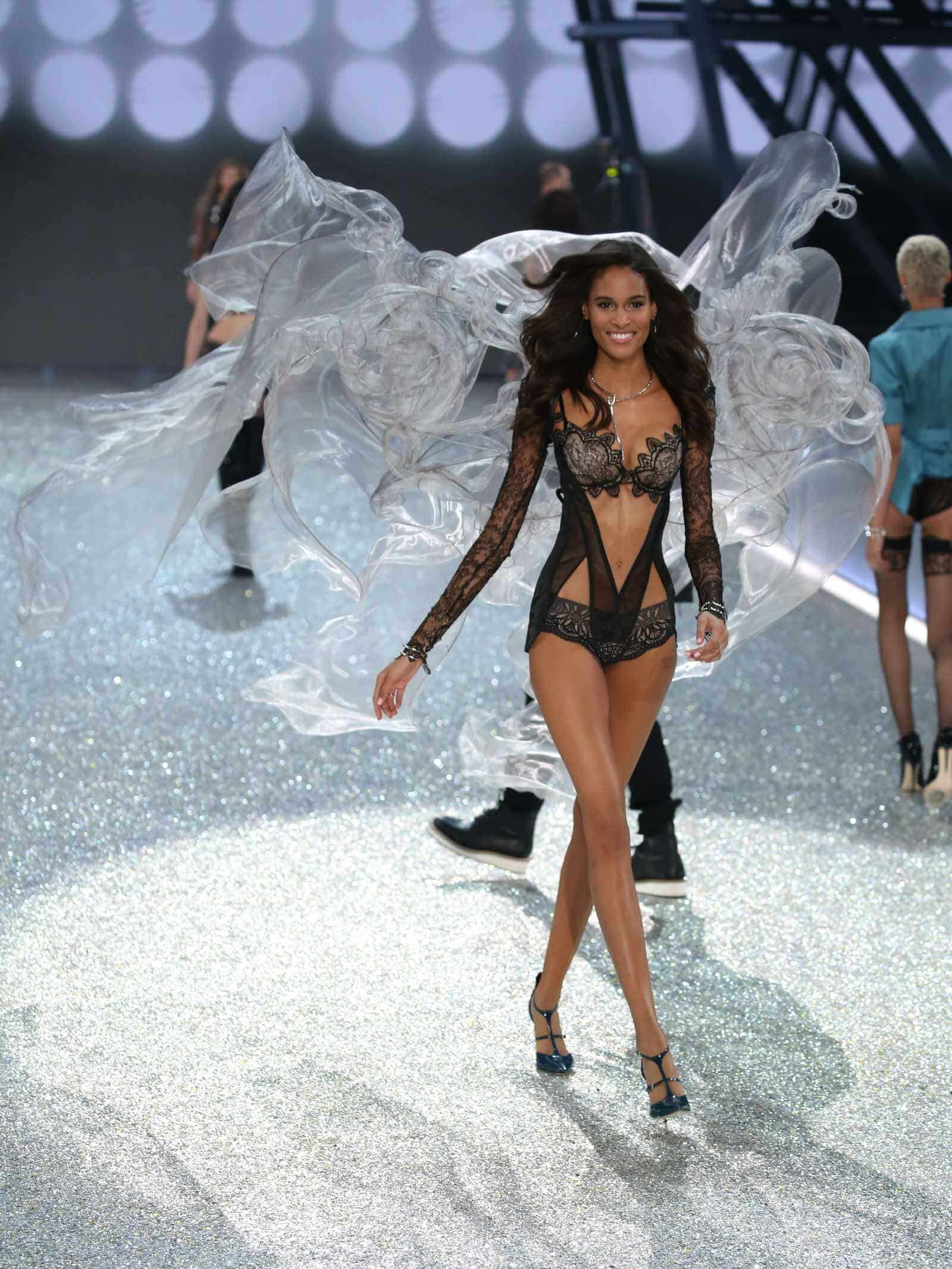 Cindy-Bruna-Victorias-Secret-Fashion-Show-2016-Runway-in-Paris-France Cindy Bruna - French Top Model. by Runway Magazine