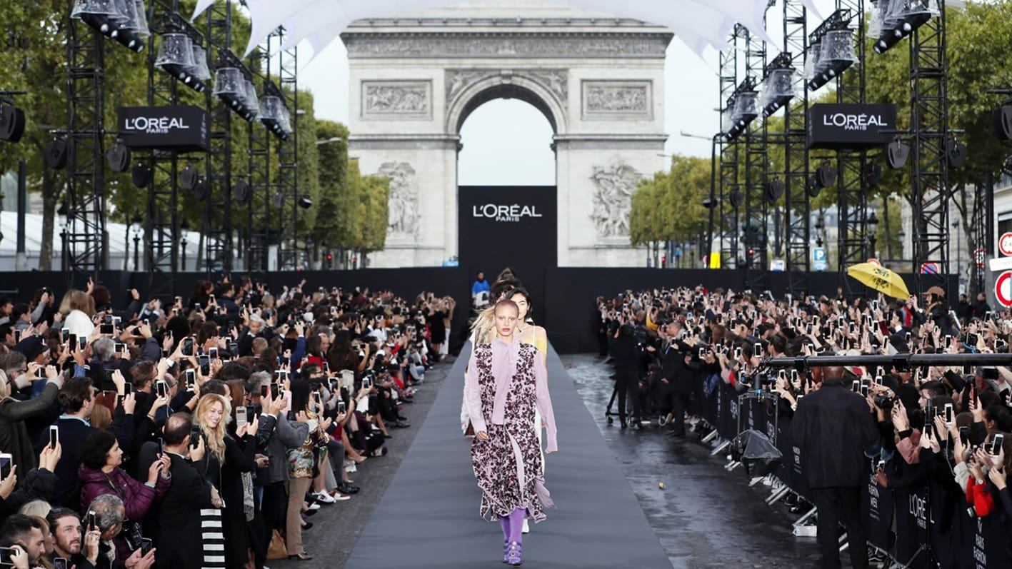 L'Oreal show on Champs Elysees by Runway Magazine