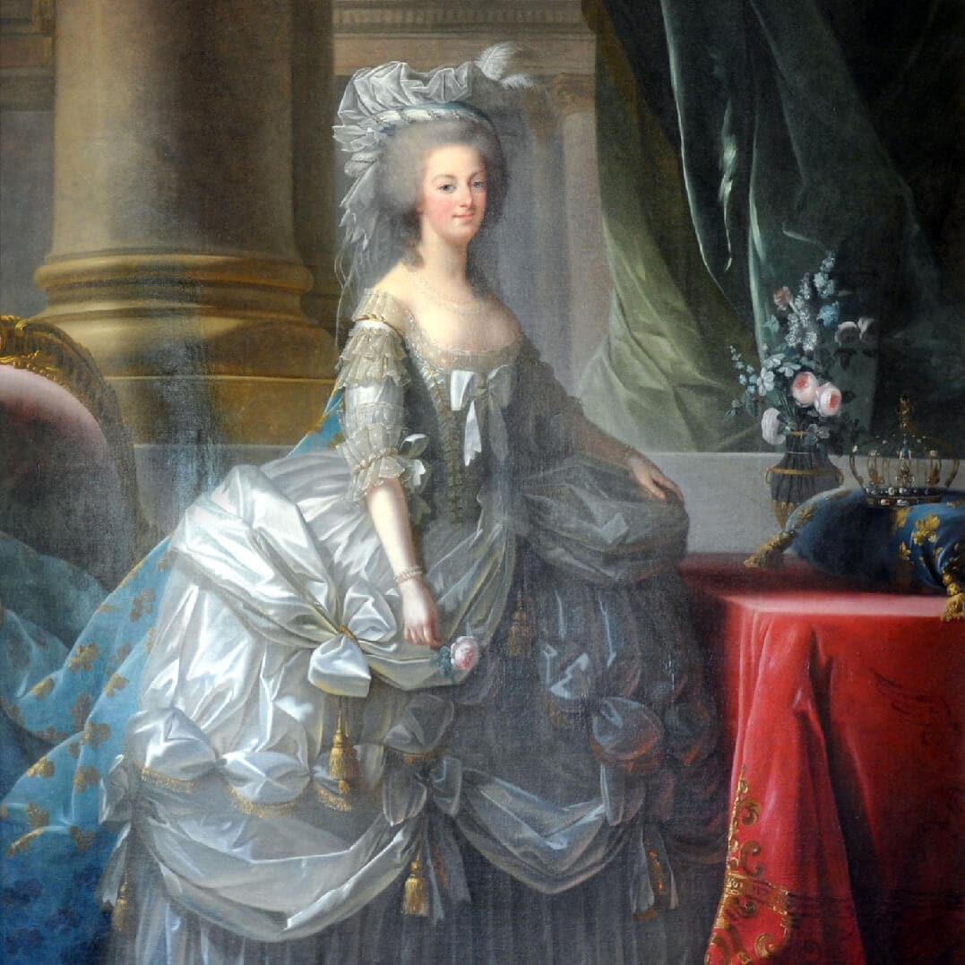 Marie-Antoinette-Runway-Magazine