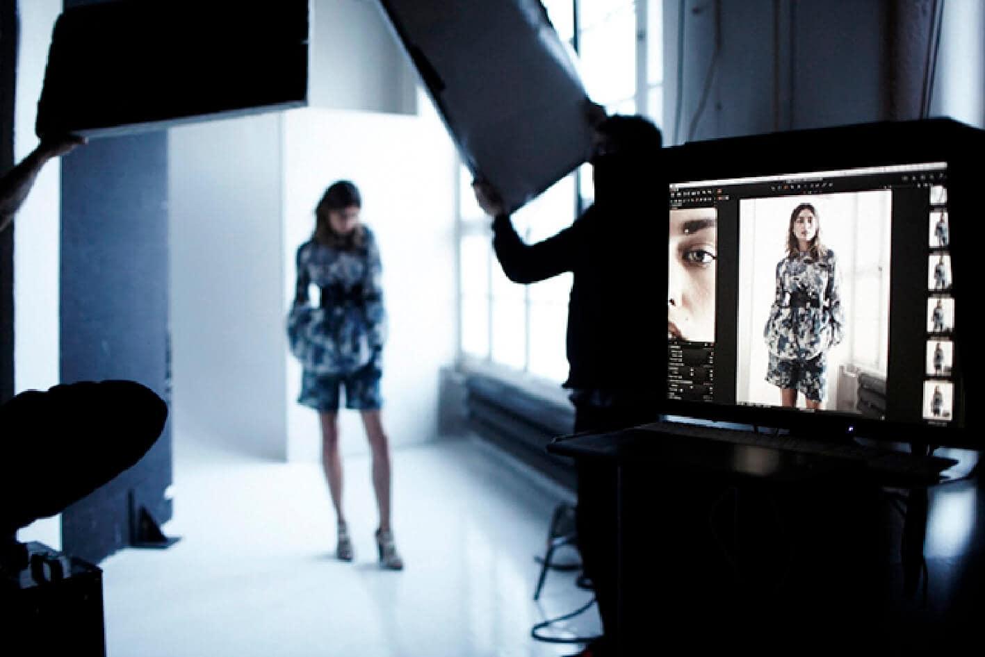 photographe mannequin mod le en droit fran ais runway magazine official. Black Bedroom Furniture Sets. Home Design Ideas