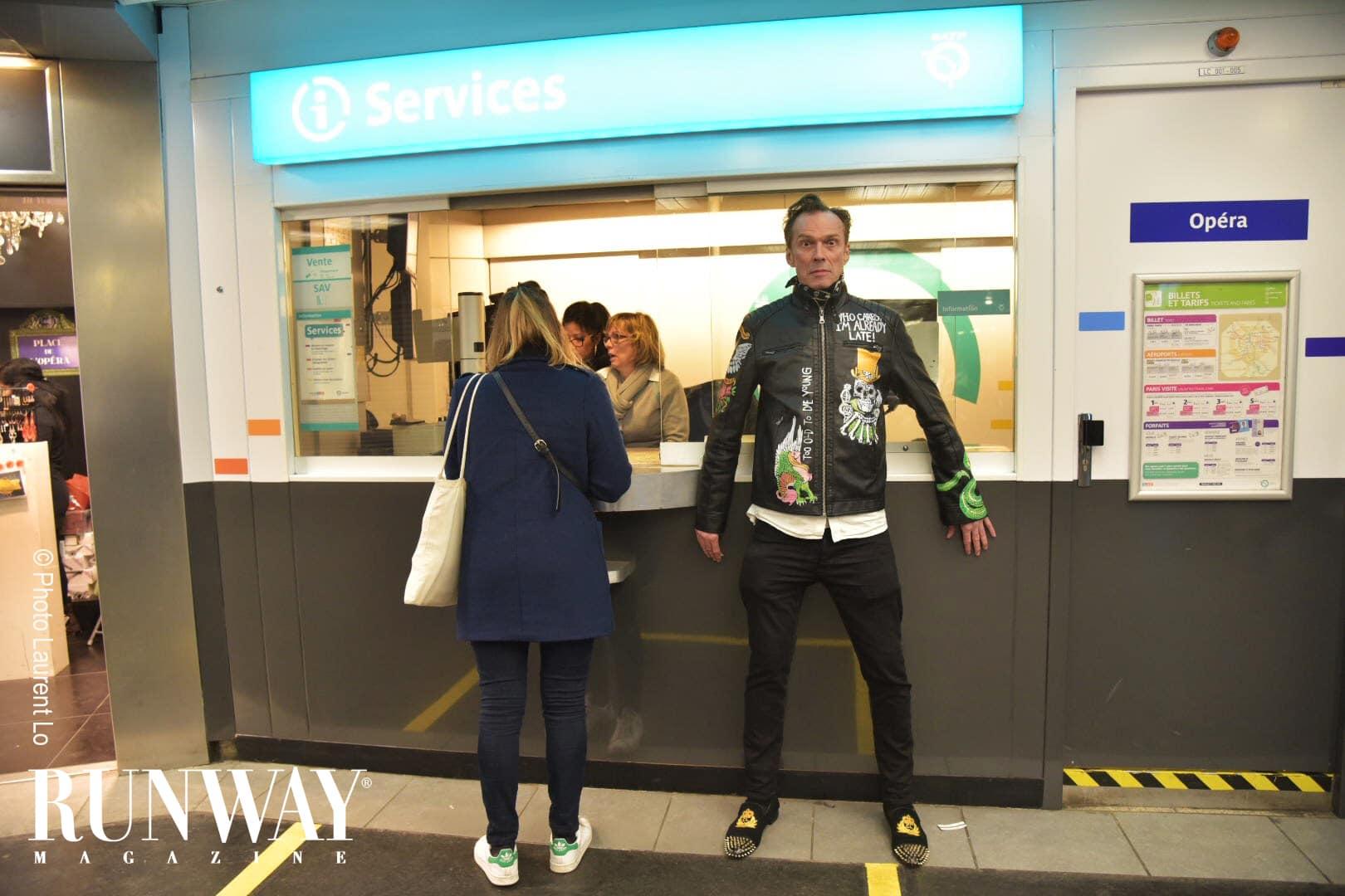 Runway-Magazine-2017-photo-Laurent-Lo-paris-Patrick-Cordier-Rettig-model-fashion-week-metro
