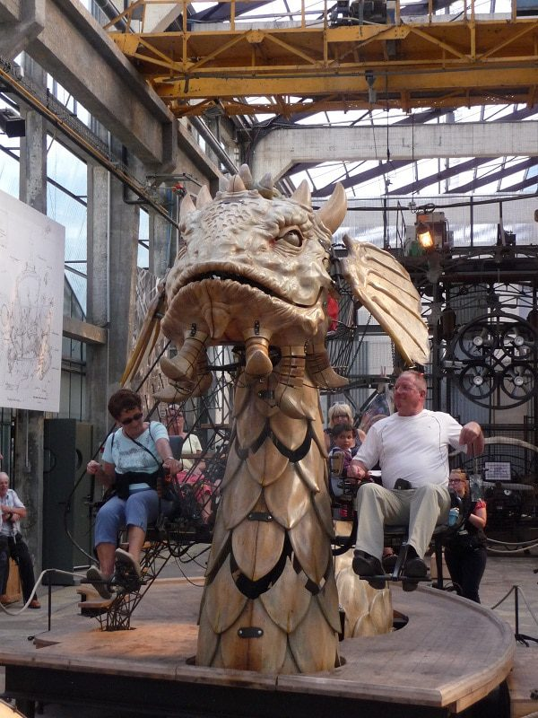 Runway-Magazine-Les-Machines-Nantes-Francois-Delaroziere-steampunk-mecanics-fashion-dragon