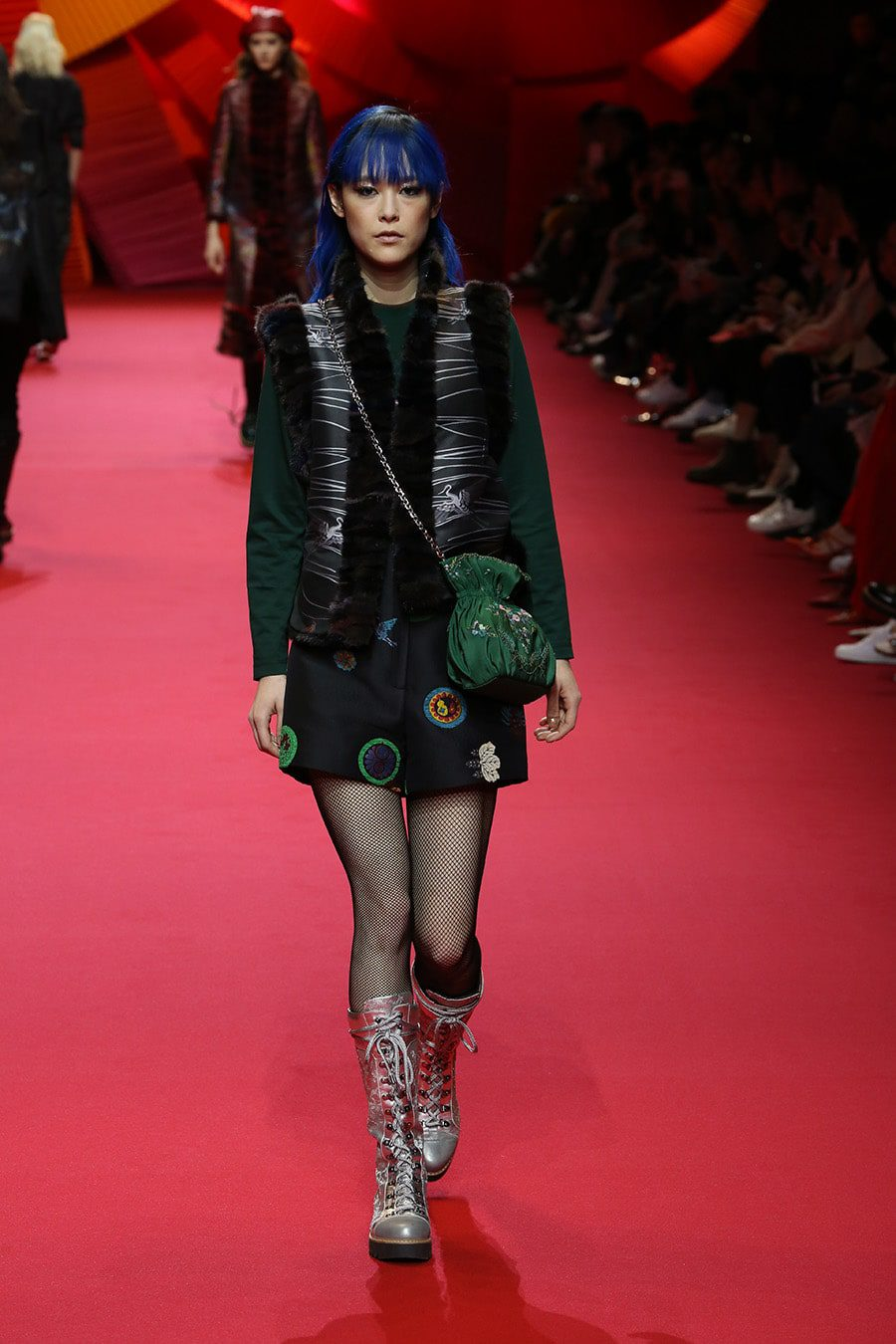 Shiatzy_chen_fall_winter_2017_2018_Paris_Fashion_Week_Runway_Magazine Shiatzy Chen Fall Winter 2017-2018
