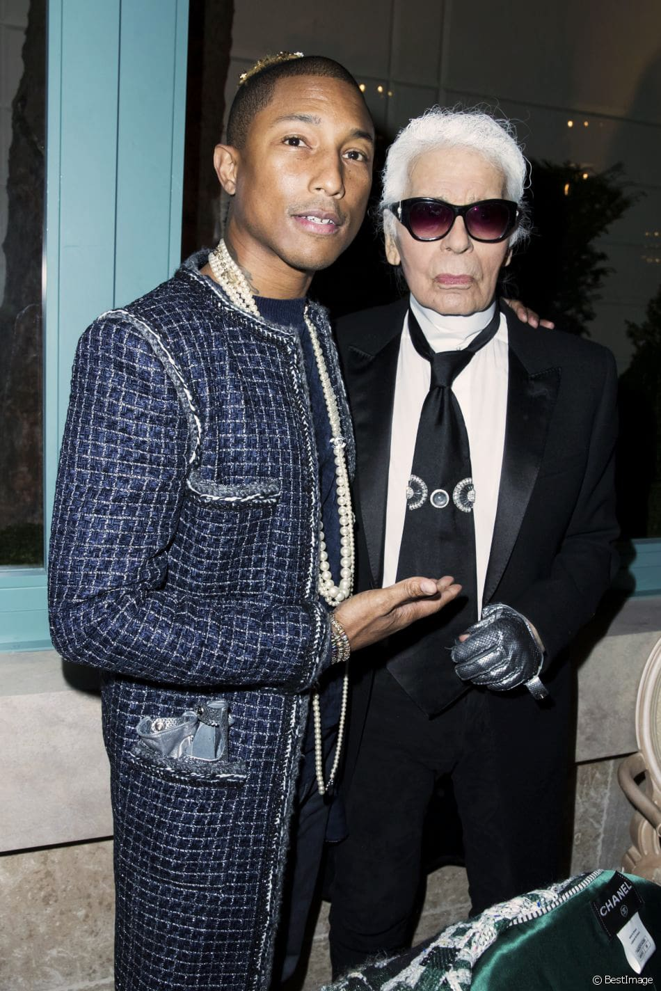 chanel-metiers-d'art-pharrell-williams-karl-lagerfled-eleonora-de-gray-runway-magazine Pharrell Williams