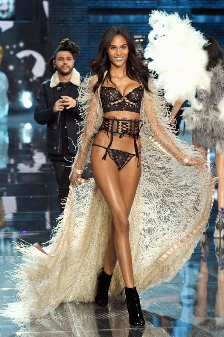 cindy-bruna-VictoriasSecret-Runway-Magazine-Paris. Cindy Bruna - French Top Model. by Runway Magazine