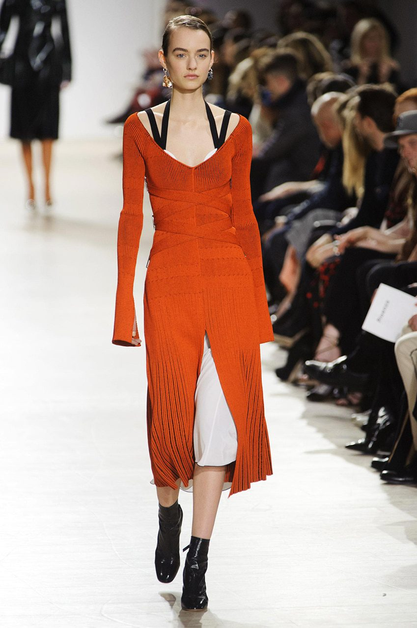defile-proenza-schouler-automne-hiver-2016-2017-new-york-look-13-runway-magazine Five new invited members for next Haute Couture Fashion Week in Paris