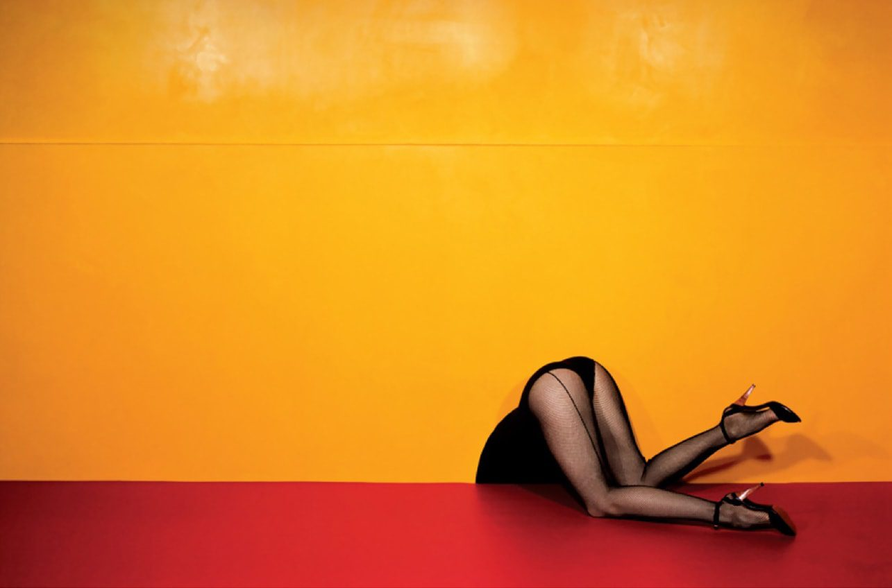guy-bourdin-charles-jourdan-advertisement-1979-runway-magazine-the-red-list The Best Creative Images Web-Sites