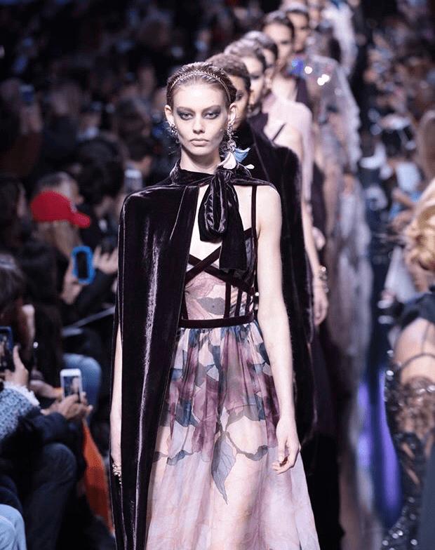 Elie Saab Fall Winter 2017-2018 Paris fashion week by Runway Magazine