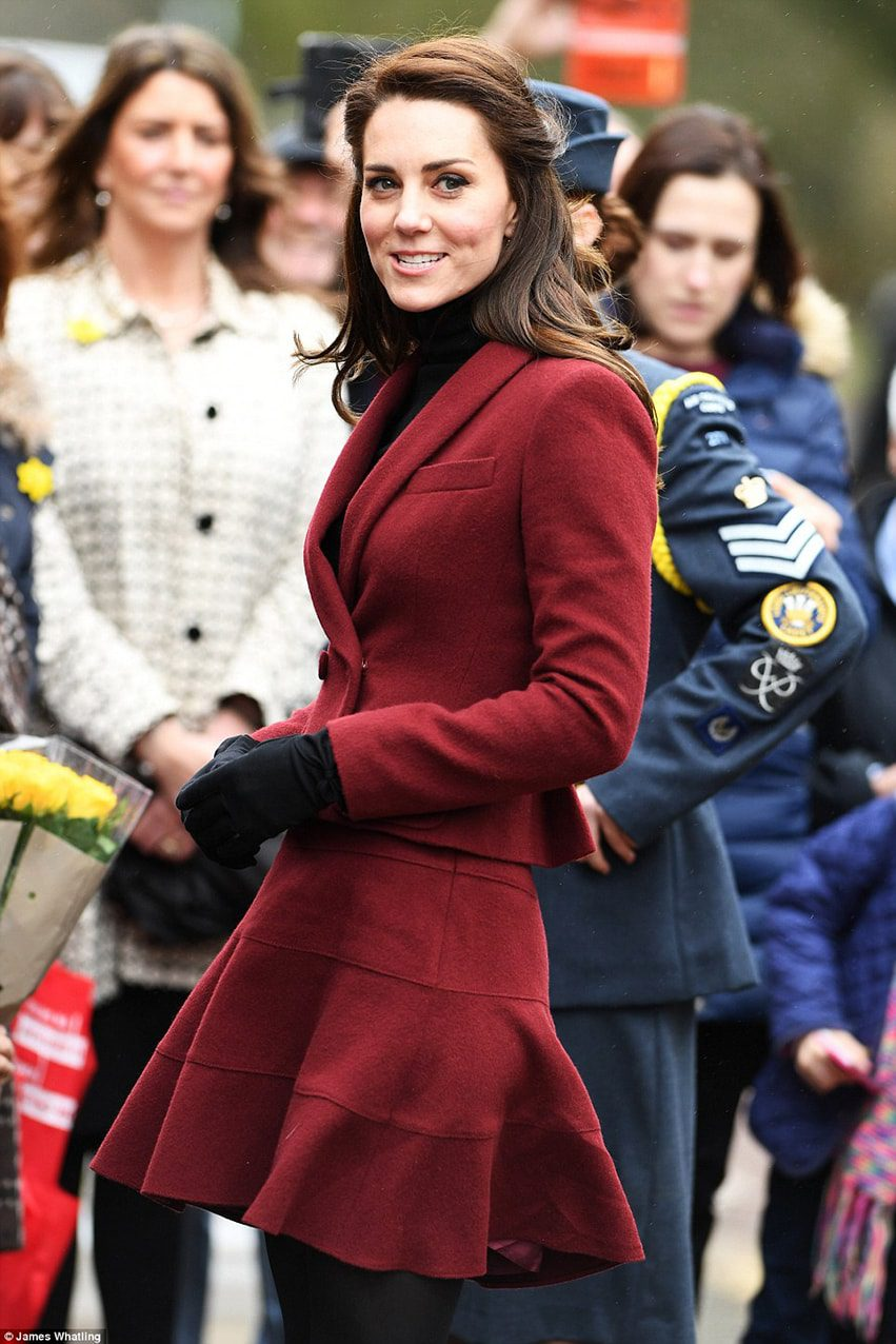 kate-middleton-runway-magazine History of Skirt  by Runway Magazine