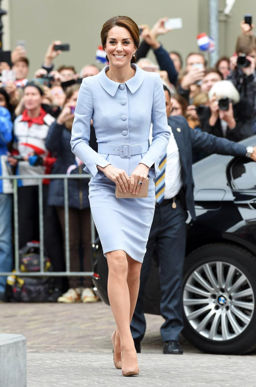 kate-middleton-visite-les-pays-bas-seule History of Skirt  by Runway Magazine