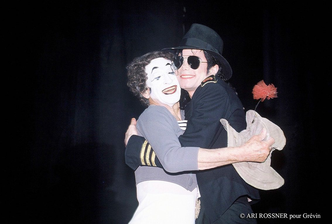 photo-ari-rossner-michael-jackson-mime-marceau-paris-musee-grevin-france-eleonora-de-gray-editor-in-chief-runway-official-runwaymagazine