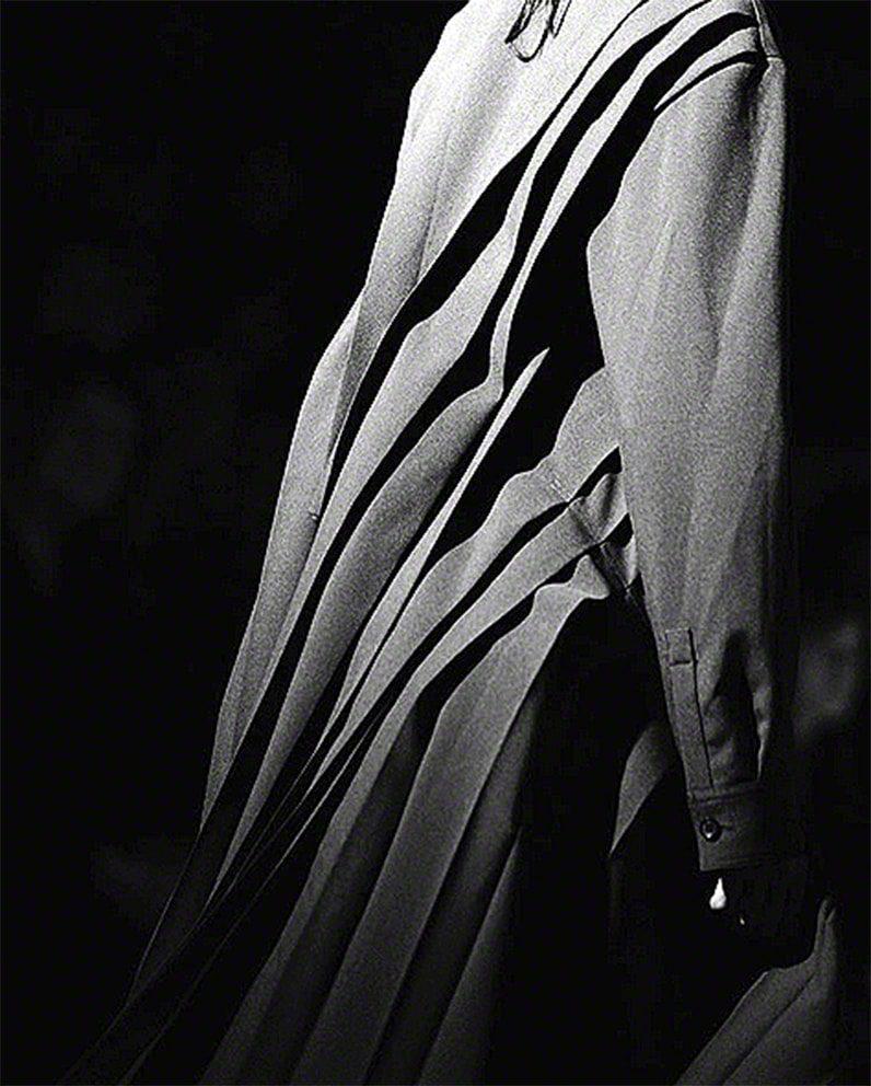 yohjiyamamoto-fashiondesigner-photo-elise_tolde-PFW17-communication-eleonoradegray-editorinchief-paris-newyork-losangeles-runwaymagazine